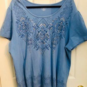 Women's plus size shirt